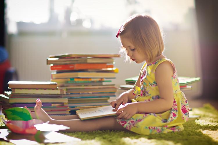 Как научить ребенка любви к книгам?