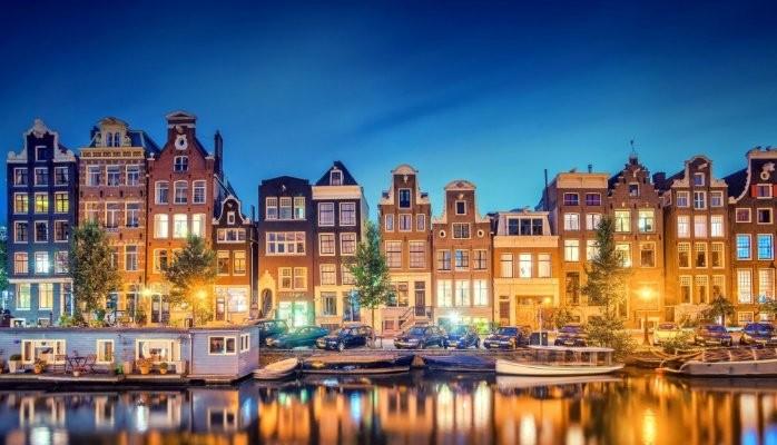 Университеты в Голландии